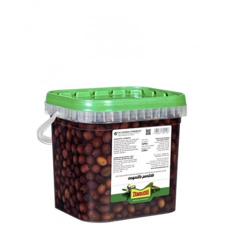 Cuquillo cracked olives...